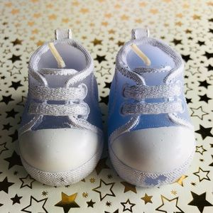 New! Purple Canvas Sneakers Shoes Candles Set
